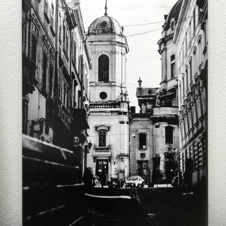 Печать Картин. Печать на холсте черно-белый Город. Печать на холстах Киев. Модульные картины. Широкоформатная печать.